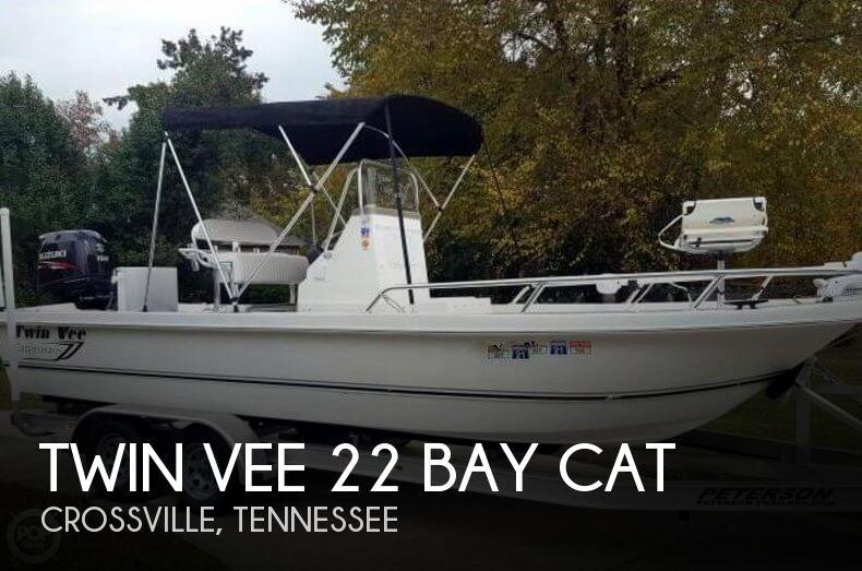 2015 Twin Vee 22 Bay Cat