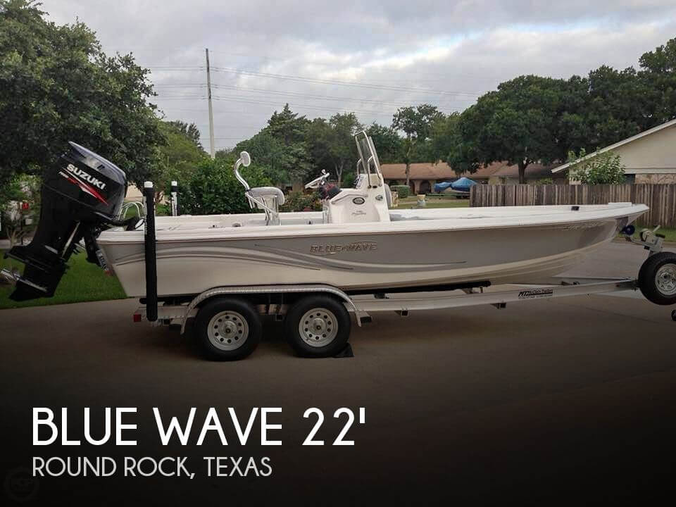 Used Blue Wave Boats For Sale by owner | 2013 Blue Wave 2200 Pure Bay
