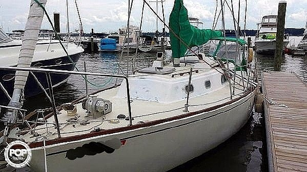1976 Pearson boat for sale, model of the boat is 35 & Image # 3 of 40