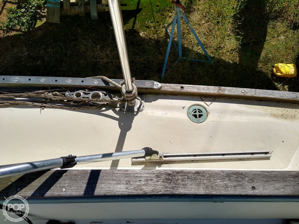 1976 Pearson boat for sale, model of the boat is 35 & Image # 24 of 40