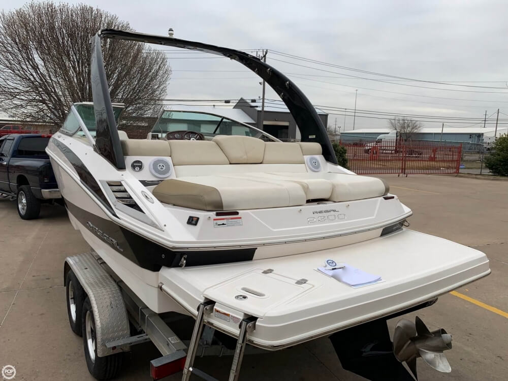2011 Regal boat for sale, model of the boat is 2300 Bowrider & Image # 12 of 40