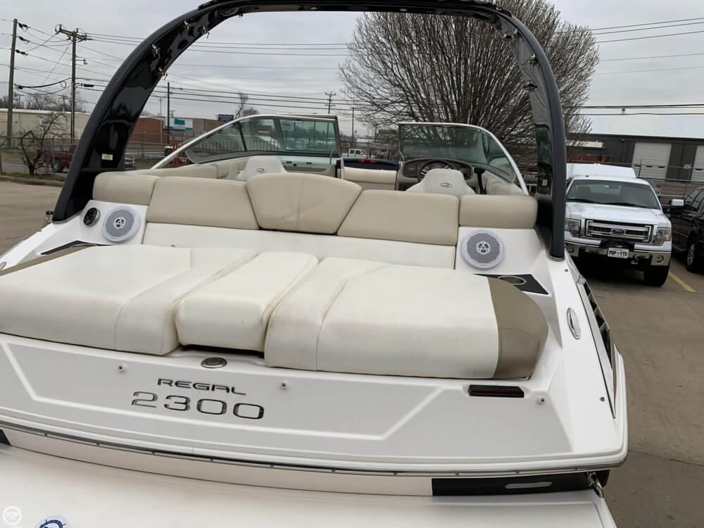 2011 Regal boat for sale, model of the boat is 2300 Bowrider & Image # 15 of 40