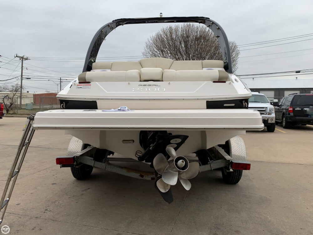 2011 Regal boat for sale, model of the boat is 2300 Bowrider & Image # 17 of 40