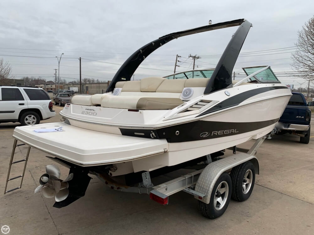 2011 Regal boat for sale, model of the boat is 2300 Bowrider & Image # 18 of 40