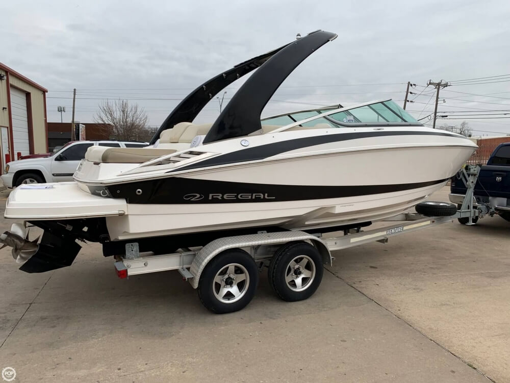 2011 Regal boat for sale, model of the boat is 2300 Bowrider & Image # 19 of 40
