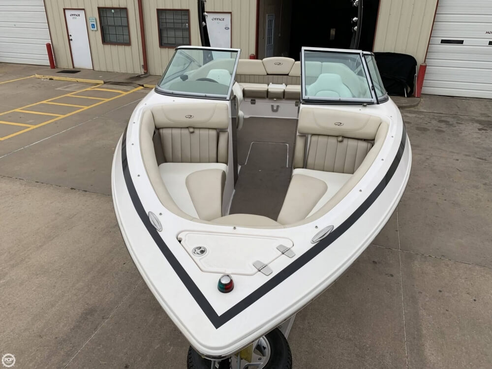 2011 Regal boat for sale, model of the boat is 2300 Bowrider & Image # 30 of 40