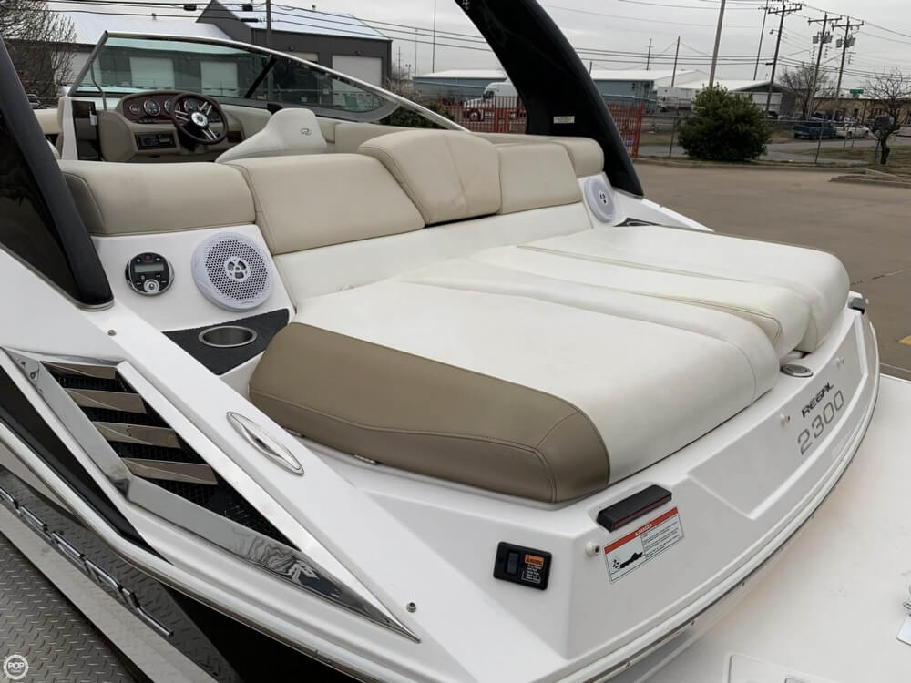 2011 Regal boat for sale, model of the boat is 2300 Bowrider & Image # 32 of 40
