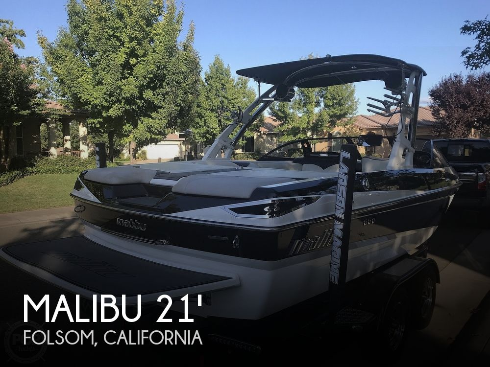 Used MALIBU Boats For Sale in California by owner | 2012 22 foot Malibu Wakesetter VLX