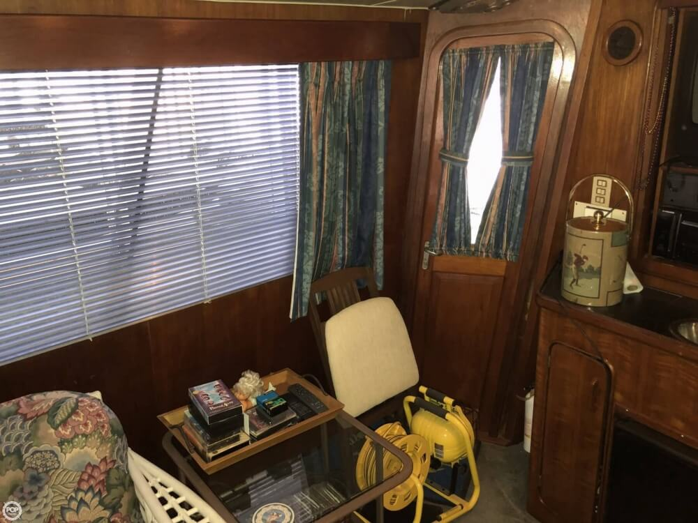 1986 Gulfstar boat for sale, model of the boat is 49 & Image # 32 of 40