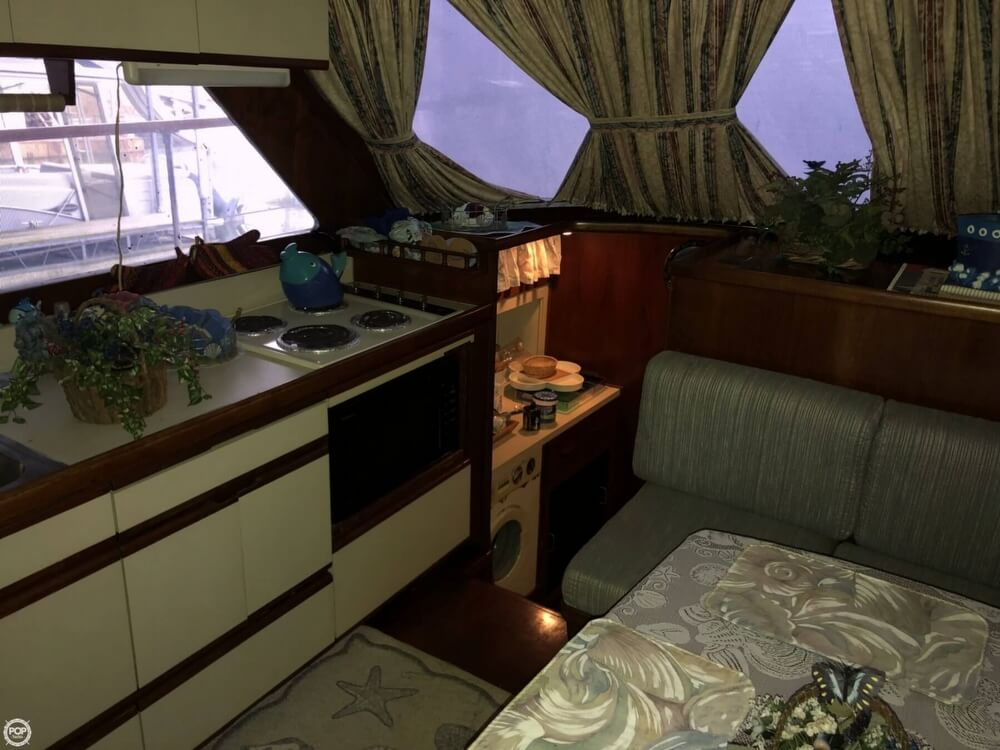 1986 Gulfstar boat for sale, model of the boat is 49 & Image # 38 of 40