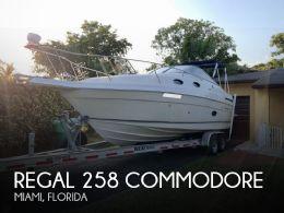 1998 Regal 258 Commodore