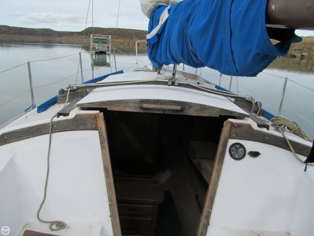 1978 Catalina Yachts boat for sale, model of the boat is 30 & Image # 4 of 41