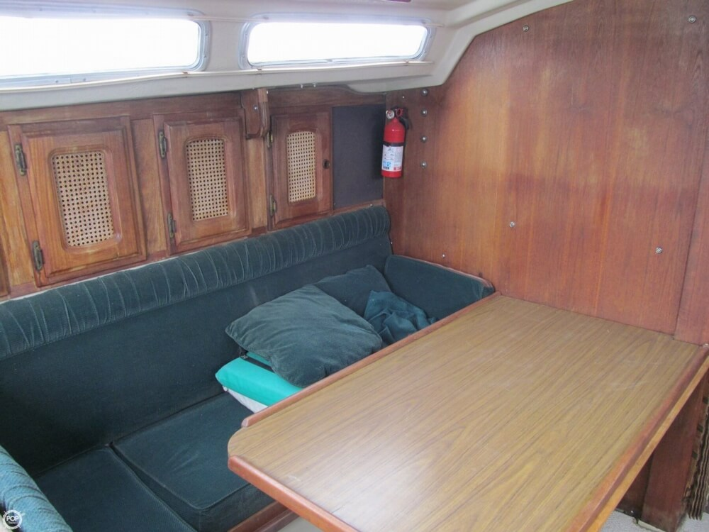 1978 Catalina Yachts boat for sale, model of the boat is 30 & Image # 27 of 41