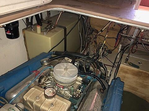 1970 Uniflite boat for sale, model of the boat is 31 Fly Bridge & Image # 7 of 15