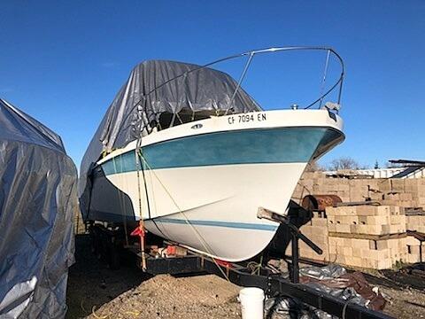 1970 Uniflite boat for sale, model of the boat is 31 Fly Bridge & Image # 14 of 15