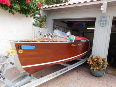 Chris-Craft Runabout Speed boat, 17', for sale - $27,000