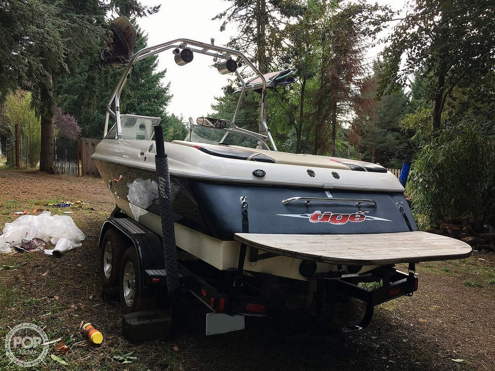 2004 Tige boat for sale, model of the boat is 22V Limited & Image # 7 of 40