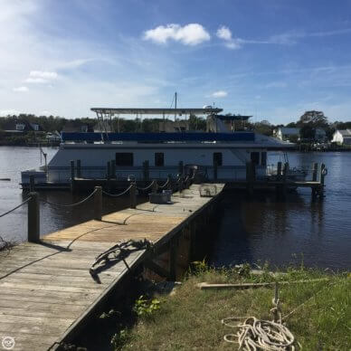 New Orleans Custom Houseboat, 67', for sale - $199,000