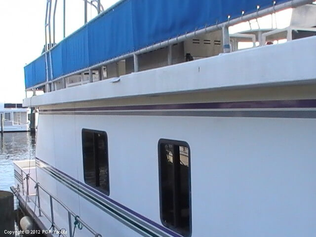 1999 New Orleans Custom Houseboat - Photo #16