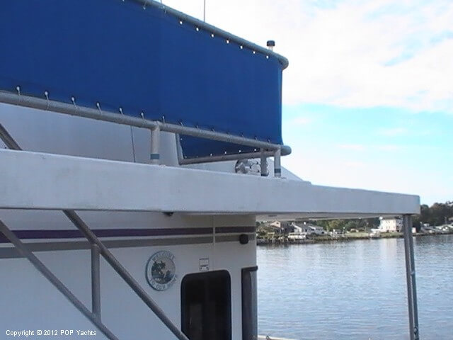 1999 New Orleans Custom Houseboat - Photo #19