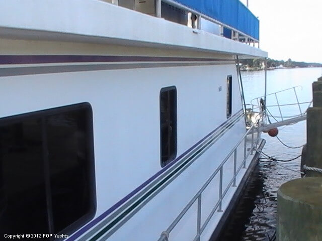 1999 New Orleans Custom Houseboat - Photo #21