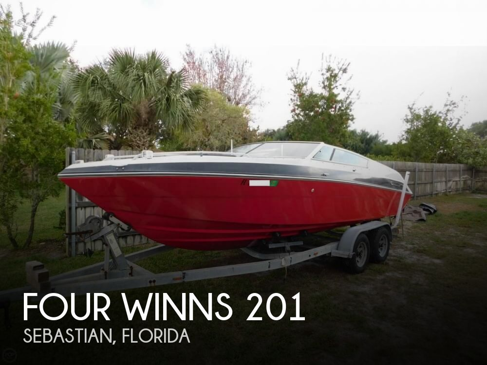 1988 Four Winns boat for sale, model of the boat is Liberator 201 & Image # 1 of 40