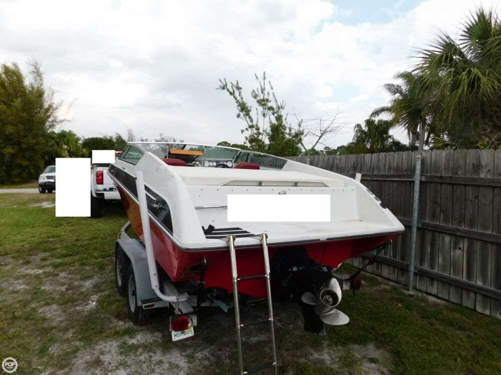1988 Four Winns boat for sale, model of the boat is Liberator 201 & Image # 5 of 40