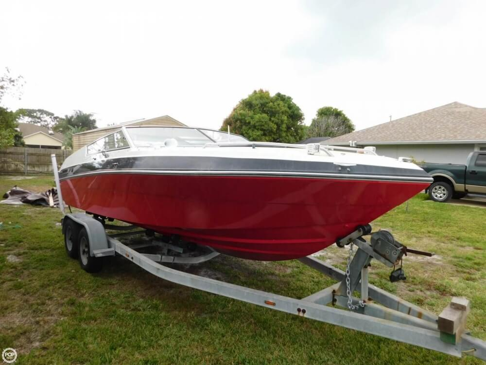 1988 Four Winns boat for sale, model of the boat is Liberator 201 & Image # 8 of 40