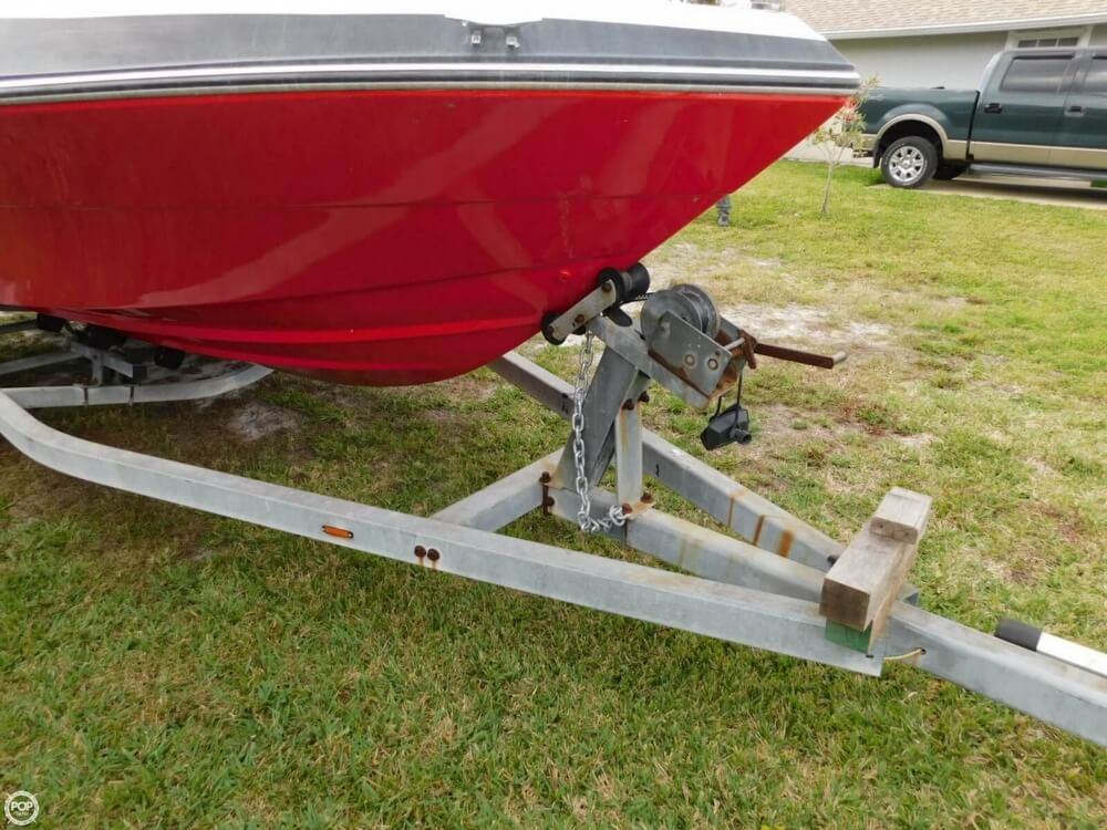 1988 Four Winns boat for sale, model of the boat is Liberator 201 & Image # 10 of 40