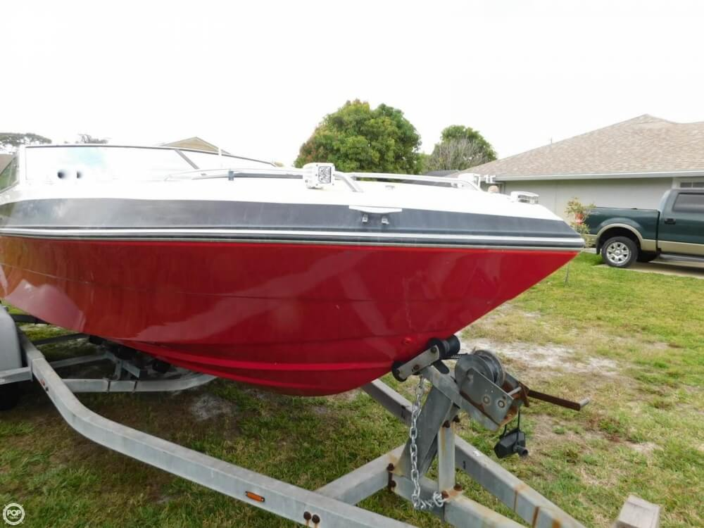 1988 Four Winns boat for sale, model of the boat is Liberator 201 & Image # 11 of 40