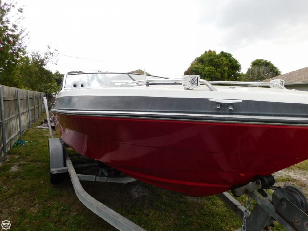 1988 Four Winns boat for sale, model of the boat is Liberator 201 & Image # 17 of 40
