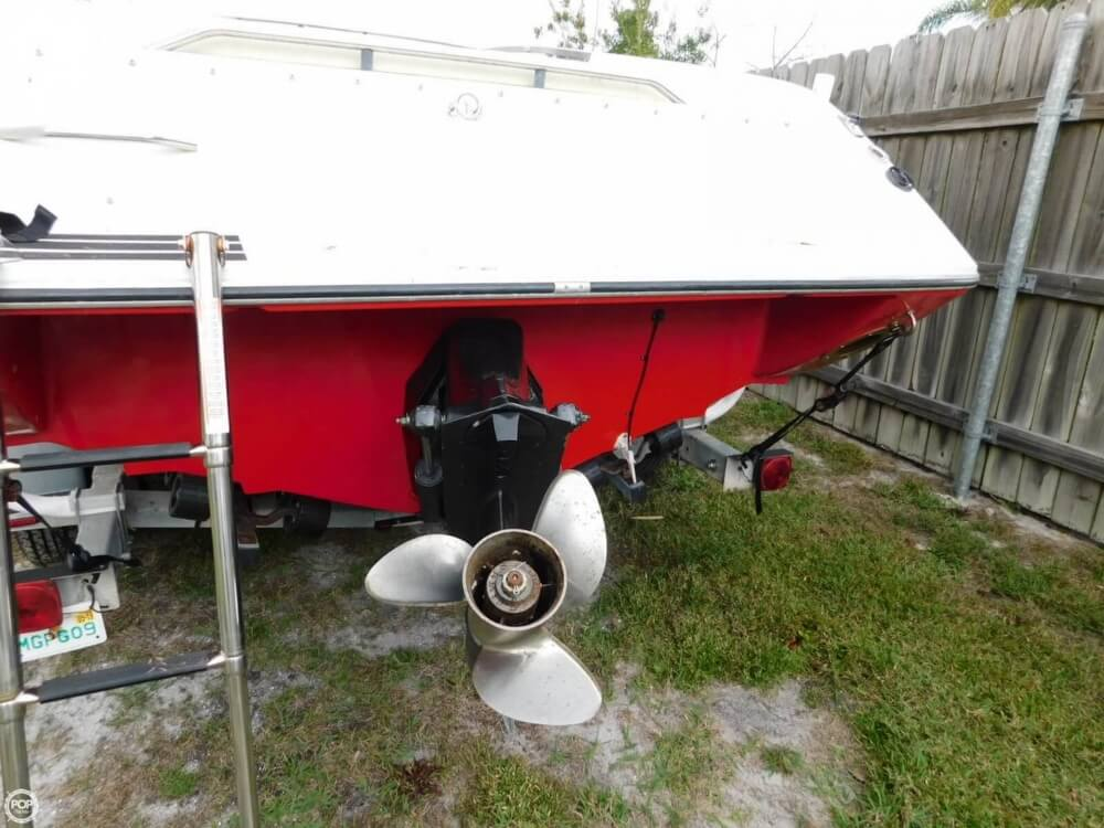 1988 Four Winns boat for sale, model of the boat is Liberator 201 & Image # 22 of 40