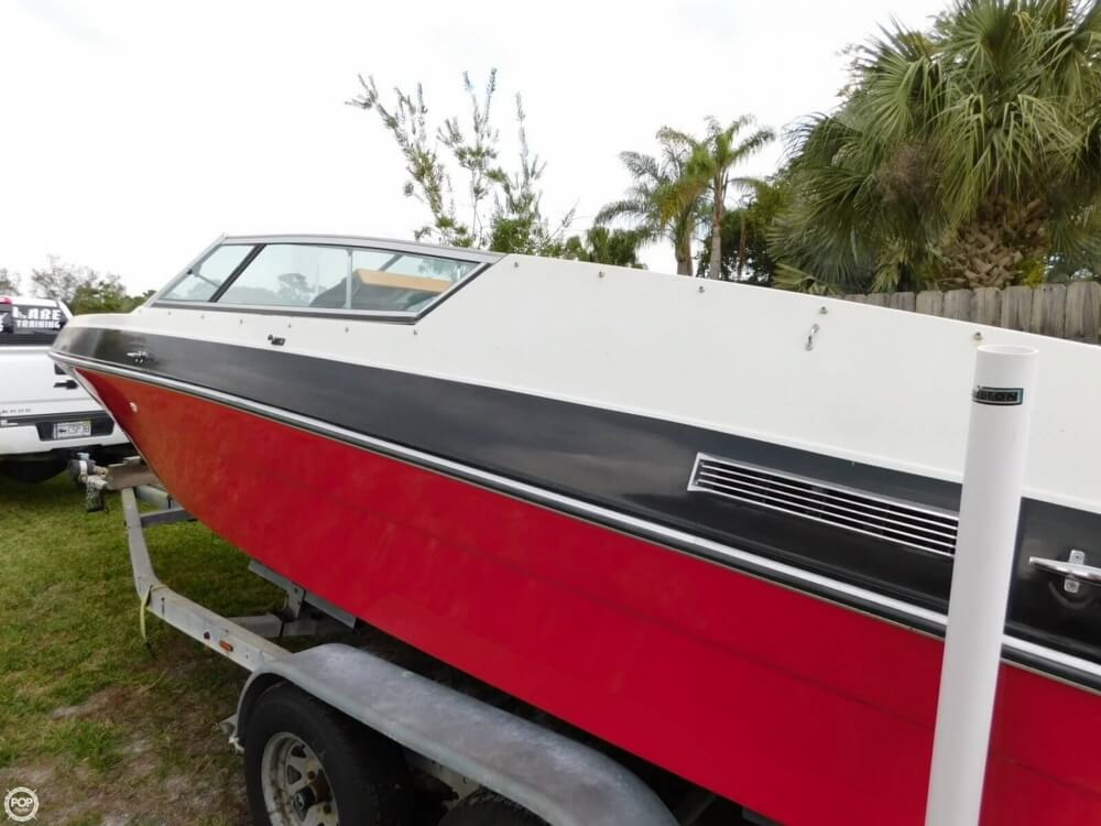 1988 Four Winns boat for sale, model of the boat is Liberator 201 & Image # 33 of 40