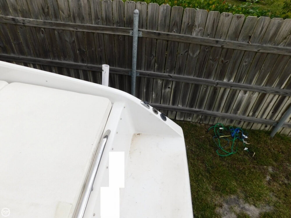 1988 Four Winns boat for sale, model of the boat is Liberator 201 & Image # 39 of 40