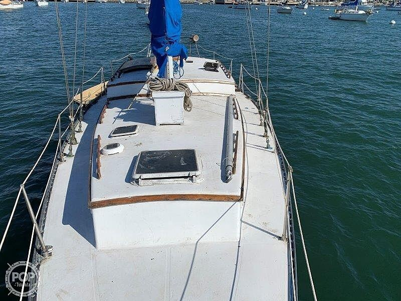 1982 Hartley boat for sale, model of the boat is 39 & Image # 16 of 40