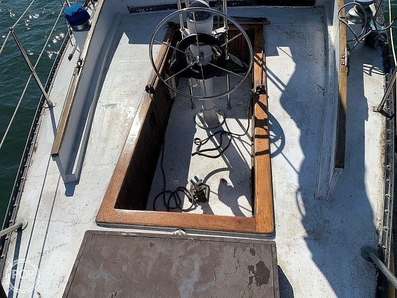 1982 Hartley boat for sale, model of the boat is 39 & Image # 28 of 40