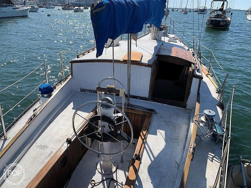 1982 Hartley boat for sale, model of the boat is 39 & Image # 31 of 40