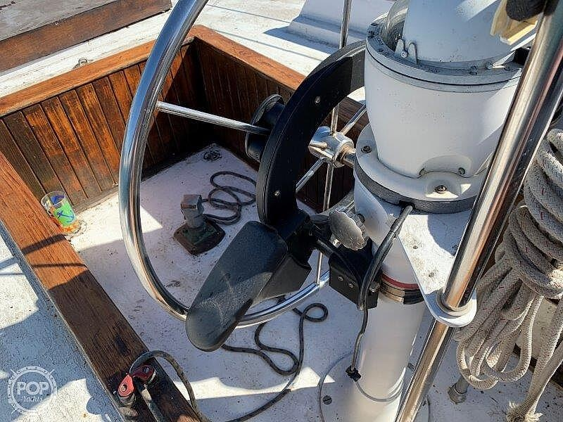 1982 Hartley boat for sale, model of the boat is 39 & Image # 38 of 40