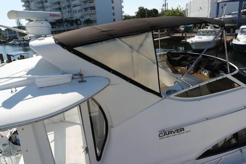 2001 Carver boat for sale, model of the boat is 444 Cockpit MY & Image # 20 of 40