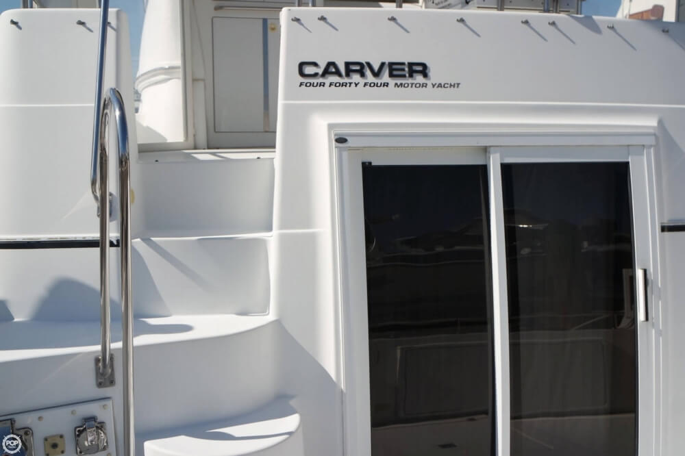 2001 Carver boat for sale, model of the boat is 444 Cockpit MY & Image # 24 of 40