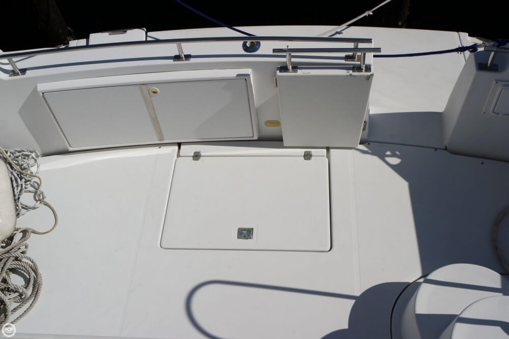 2001 Carver boat for sale, model of the boat is 444 Cockpit MY & Image # 28 of 40