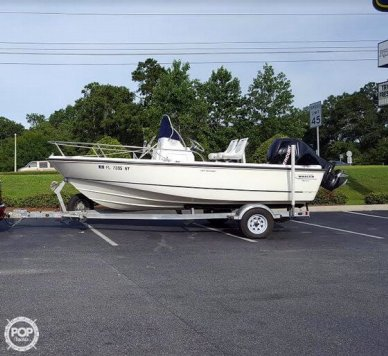 Boston Whaler 190 Outrage, 18', for sale - $29,500