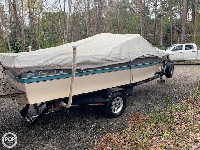1989 Correct Craft boat for sale, model of the boat is Martinique C/B & Image # 11 of 41