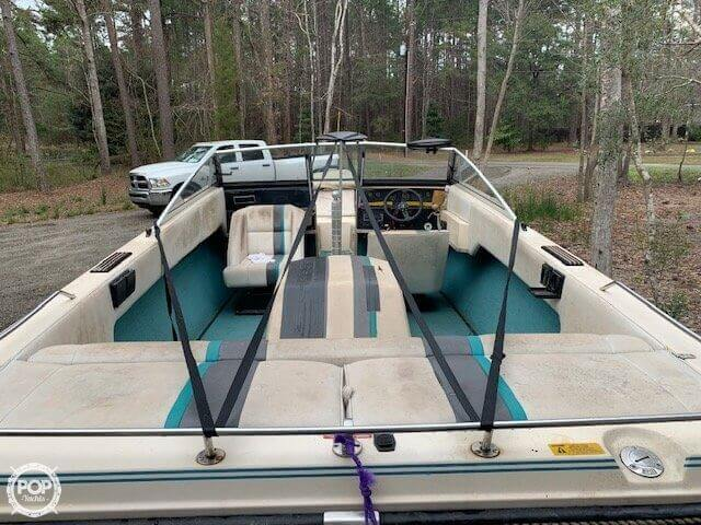 1989 Correct Craft boat for sale, model of the boat is Martinique C/B & Image # 31 of 41