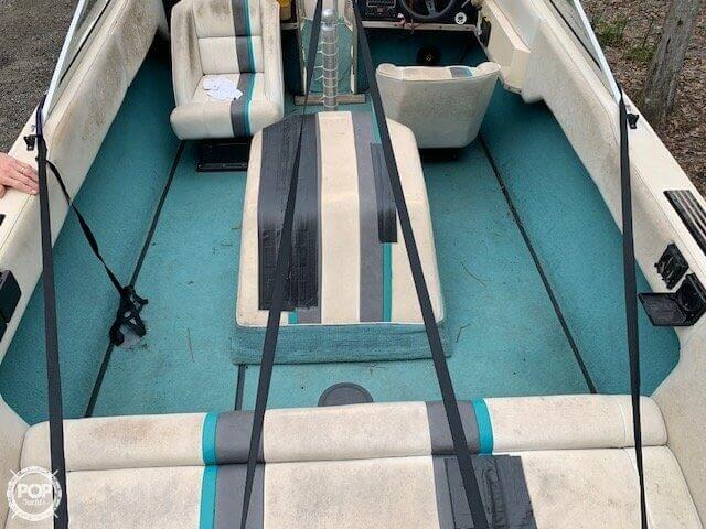 1989 Correct Craft boat for sale, model of the boat is Martinique C/B & Image # 35 of 41