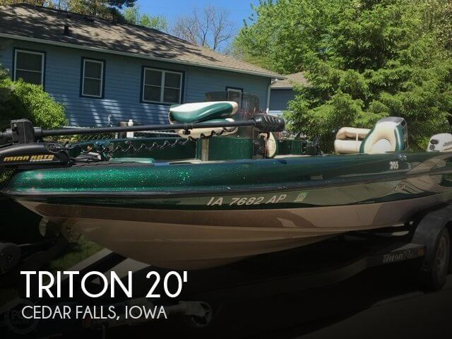 Used Boats For Sale in Cedar Rapids, Iowa by owner | 2000 Triton 20