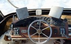 1984 Sea Ray SRV300 Sedan Bridge - #4