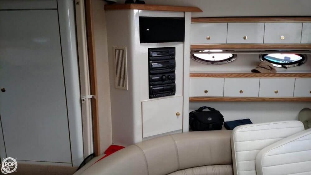 1997 Maxum boat for sale, model of the boat is 4100 SCR & Image # 36 of 40