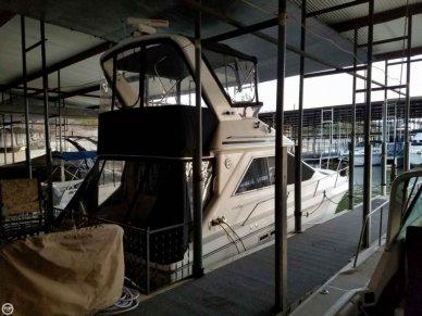 Sea Ray 340 Sedan Bridge, 33', for sale - $24,900
