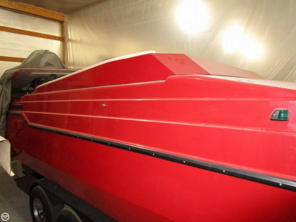 1994 Active Thunder boat for sale, model of the boat is 32 & Image # 19 of 40